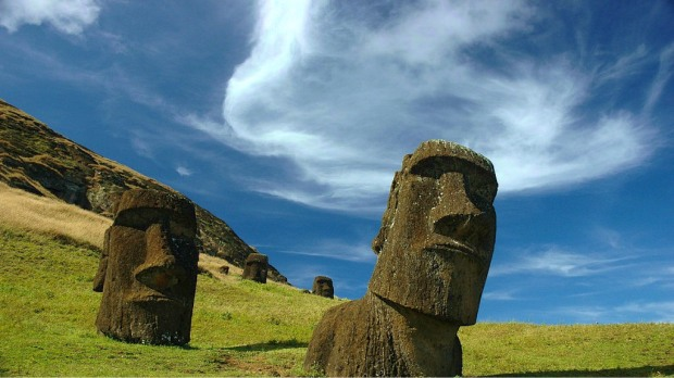 Partially buried moai statues on Easter Island. Image by Carl Lipo (CC BY 2.0)